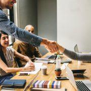 travail collaboratif ensemble co-développement innovation ouverte